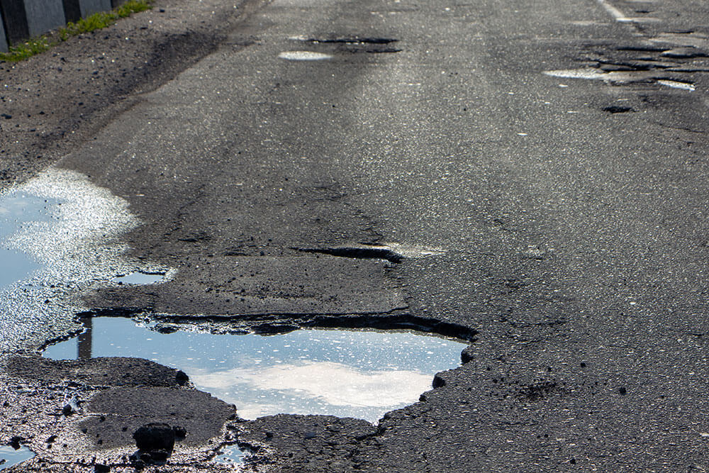 How to Know If That Pothole Caused Damage